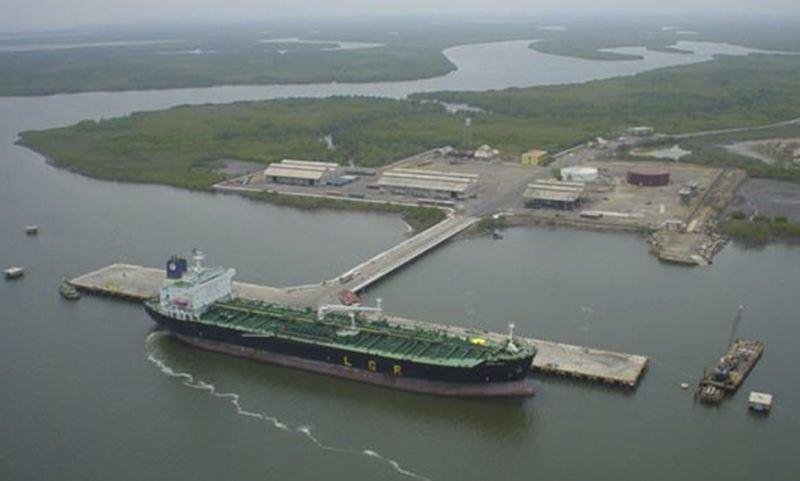 Foto: buque de carga en Puerto San Lorenzo, en la provincia de Santa Fé. Según los últimos reportes, el 87,27% de Buques para exportación fueron cargados en los puertos de San Lorenzo y Rosario.